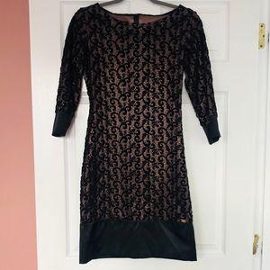 Dresses & Skirts - Elegant black dress